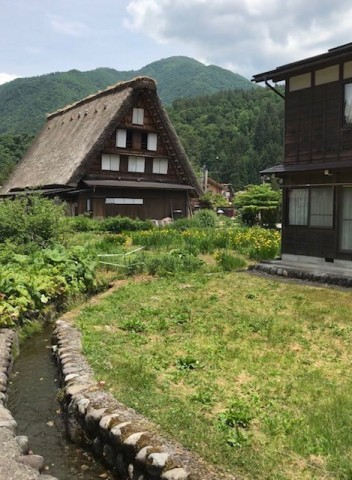 Shirakawa-go Village House & Creek